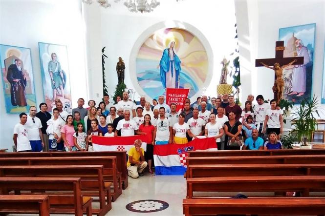Hodočasnici Marijanskog zavjeta za Domovinu stigli su u Neum